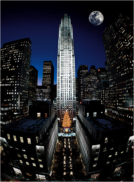 Rockefeller Center Tree & Full Moon New York Holiday Card  Photo © Russel Kord/Alamy